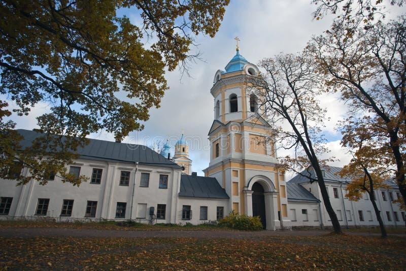 Ö Konevets på Lake Ladoga Konevsky kloster royaltyfria foton
