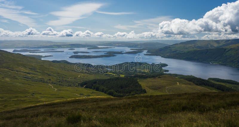 Öar av Loch Lomond royaltyfria foton