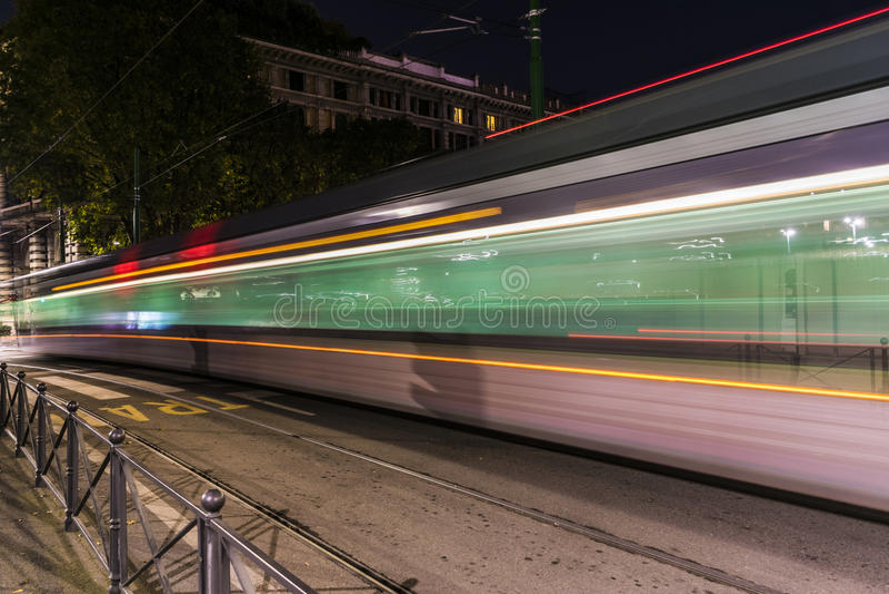 Öffentliche Transportmittel in Mailand lizenzfreies stockfoto