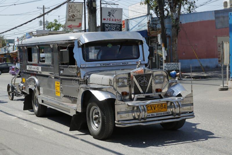 Öffentlicher Transport in Angeles-Stadt, Philippinen stockfotos