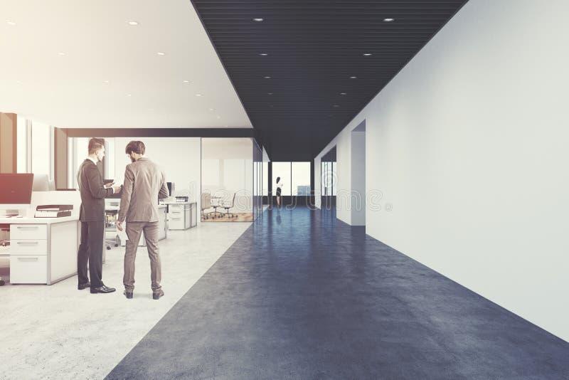 Öffnen Sie Büro, Dachboden, Vorderansicht, Leute stockfotografie