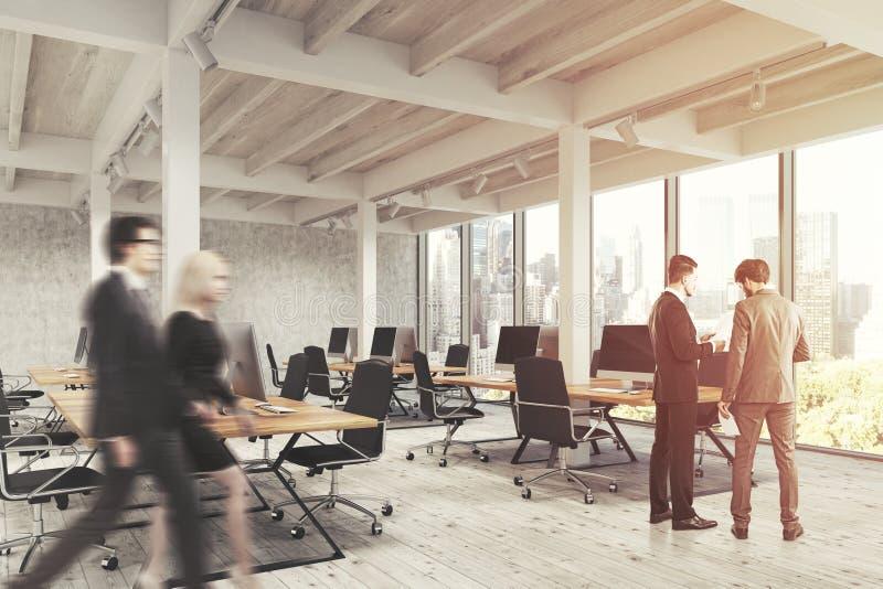 Öffnen Sie Büro mit Säulen, Leute lizenzfreie stockfotos