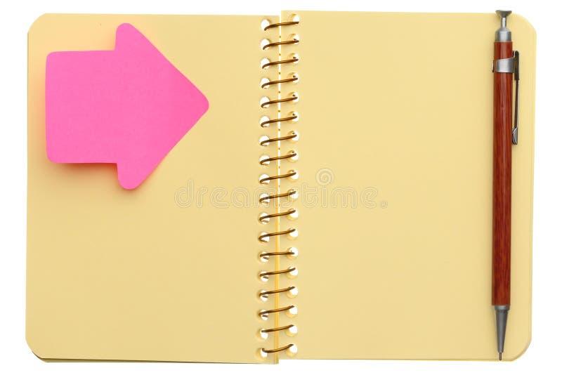 Öffnen Sie gewundenes Notizbuch lizenzfreies stockfoto