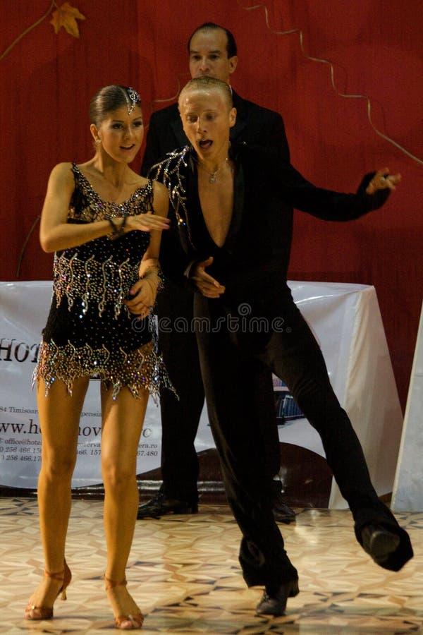 Öffnen Sie lateinischen Tanz-Wettbewerb, 14-15 (3) stockbild