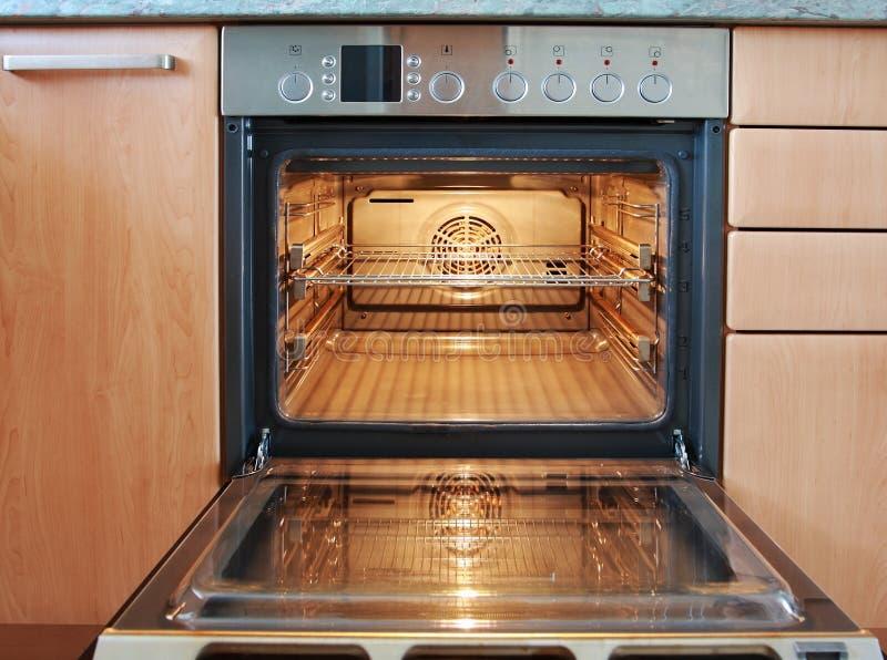 Öffnen Sie Ofen lizenzfreie stockfotos