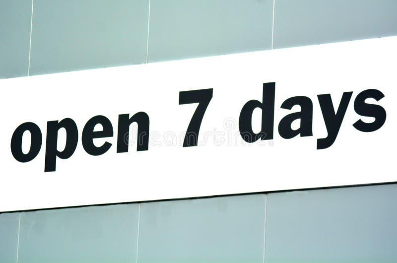 Öffnen Sie 7 Tage lizenzfreie stockfotos