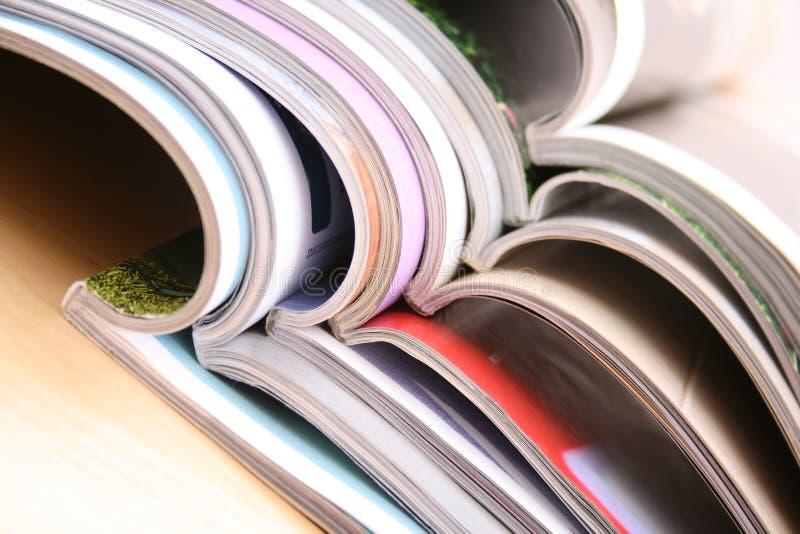 Öffnen Sie Zeitschriften lizenzfreies stockbild