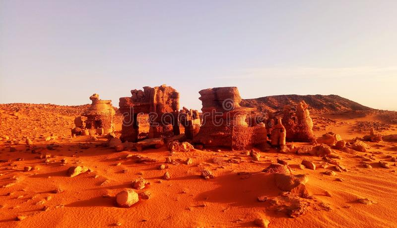 öken sahara i Algeriet royaltyfri foto