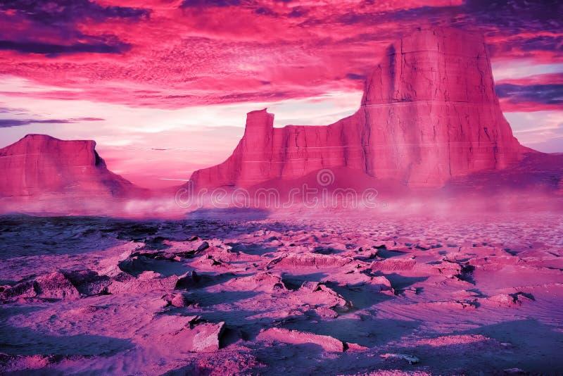 Ökenlandskap i ultraviolet- och rosa färgsignaler Härlig solnedgång i öknen av Iran Främmande planetbegrepp arkivbild
