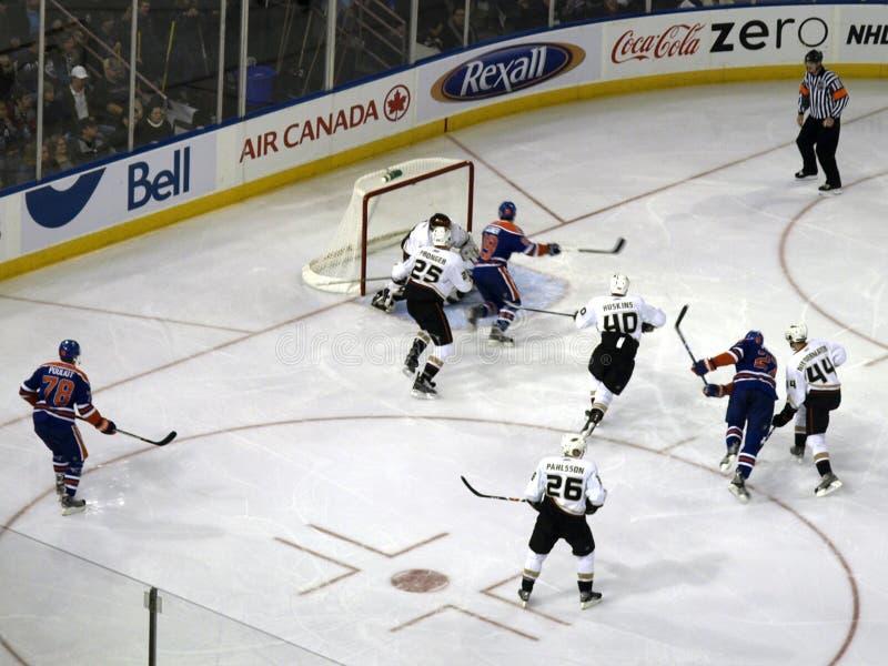 Öler gegen Mighty Ducks 5 stockfotografie