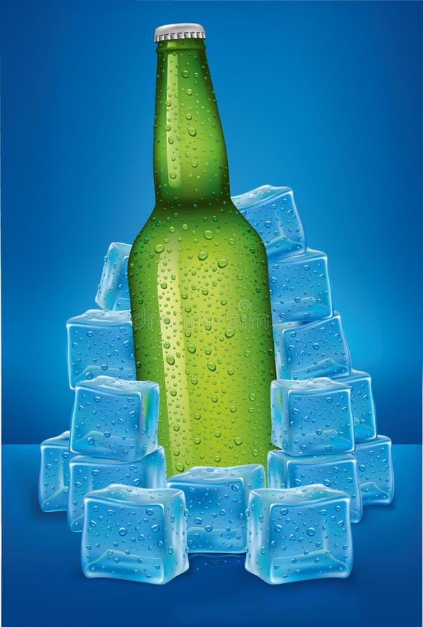 Ölflaska i iskuber med många vattendroppar royaltyfri illustrationer