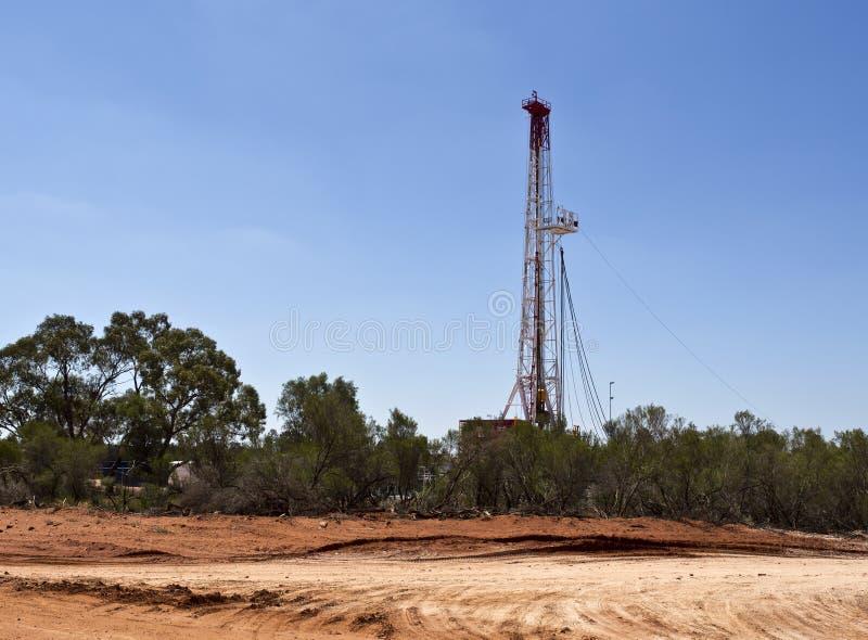 Ölplattform des Landes lizenzfreies stockbild