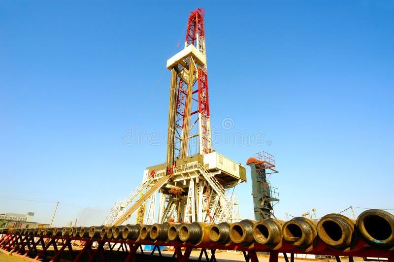Ölplattform des Landes lizenzfreies stockfoto