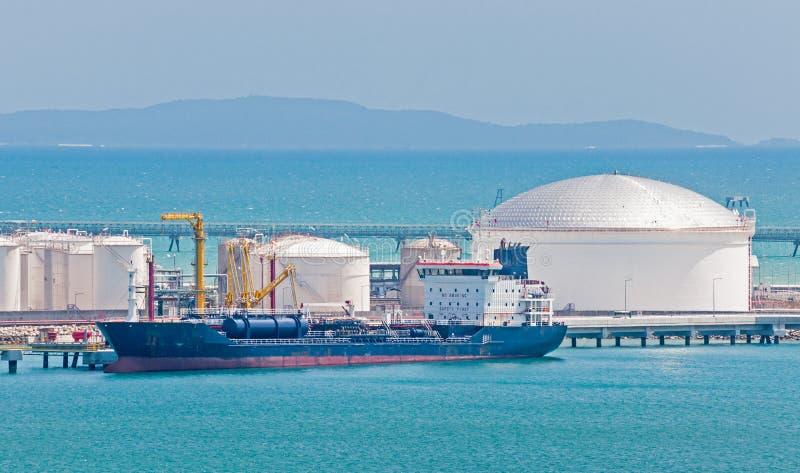 Öltanker lizenzfreies stockfoto