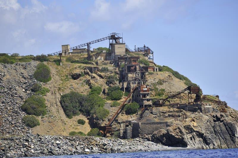 Ön av elba övergav järnminen royaltyfri foto