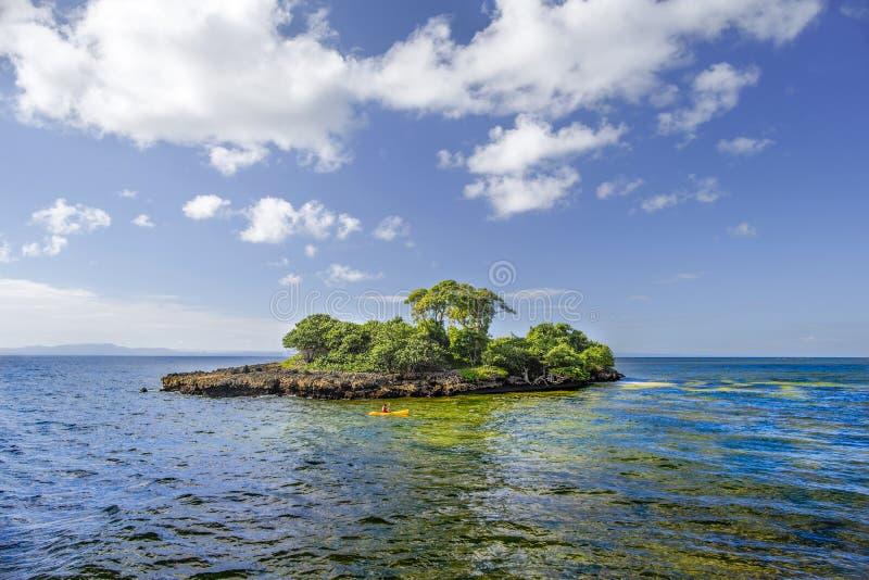 Ön av Hispaniola, Dominikanska republiken Sikt från islaen royaltyfria foton
