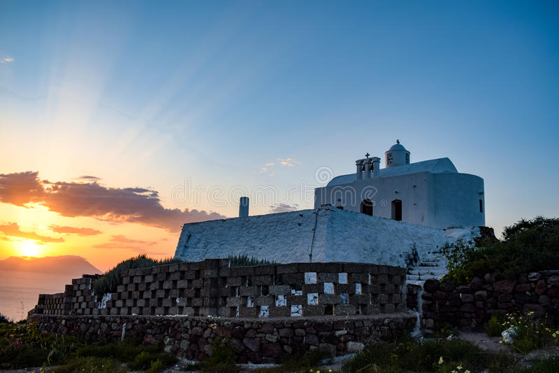 Ön av Milos i Grekland royaltyfri bild