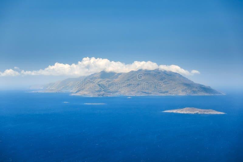 Ön Chalki Rhodes ö Grekland royaltyfria bilder