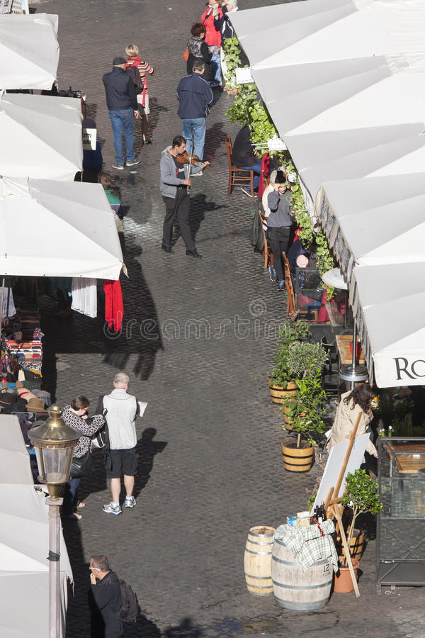 Öppen marknad i Rome - Campo de Fiori arkivfoto