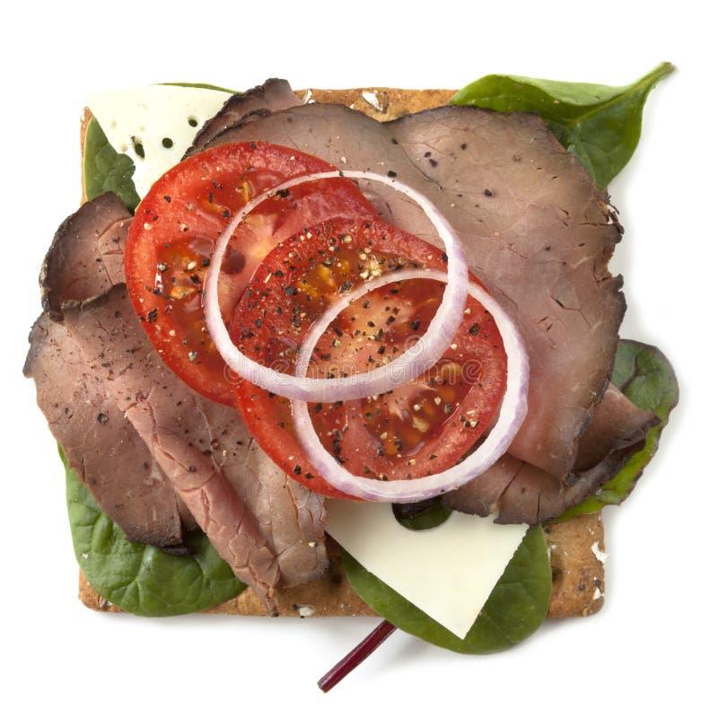 Öppen smörgås för steknötkött royaltyfria bilder