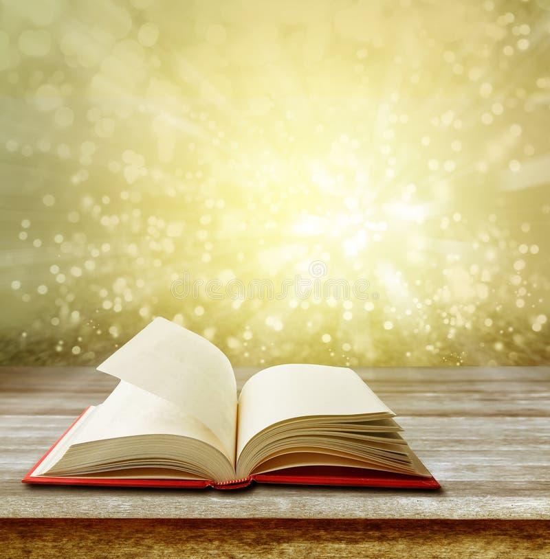 öppen tabell för bok royaltyfri illustrationer