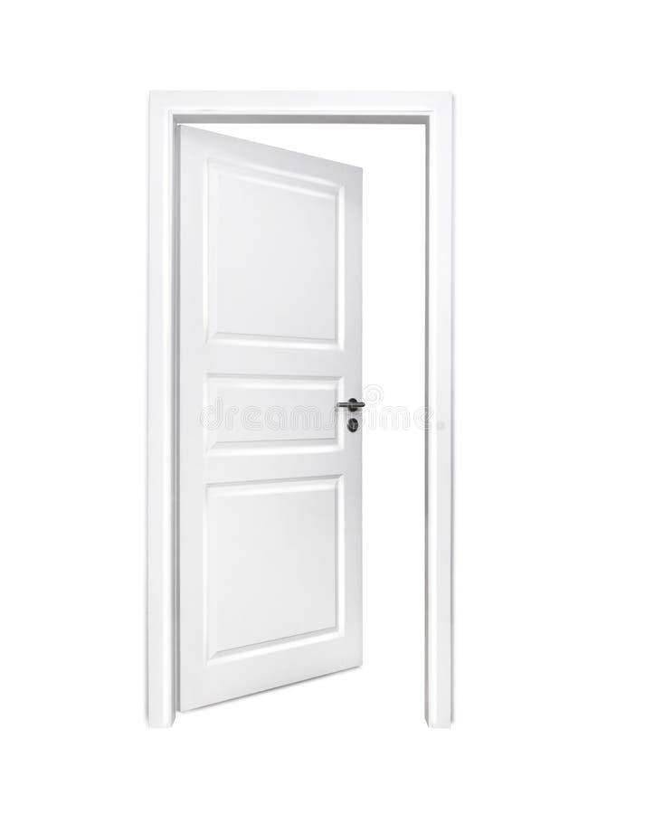 Öppna den isolerade vita dörren arkivfoton