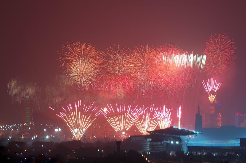 öppna för olympiska spel för viktig för beijing ceremfyrverkerier arkivbilder