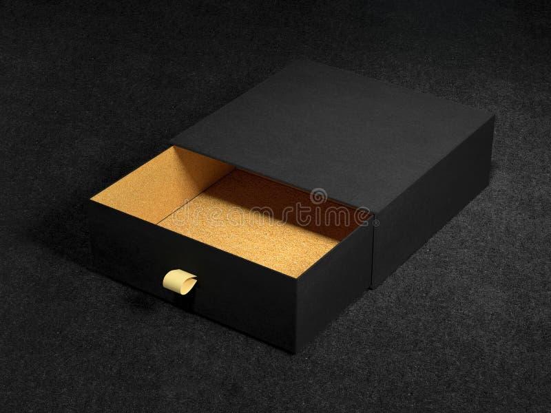 Öppnad svart modell för gåvaask på svart bakgrund, tolkning 3d Lyxig förpackande ask för högvärdiga produkter royaltyfri foto