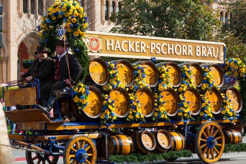 Öppning av Oktoberfest September 21, 2013 i Munich, Tyskland. royaltyfria bilder