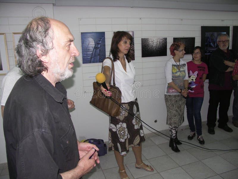 Öppning av utställningen av fotogrupp` f 5 6 `, fotografering för bildbyråer