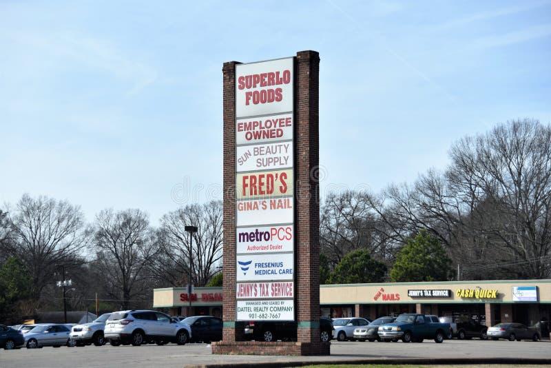 Öst Memphis Shopping Center och remsagalleria arkivfoton