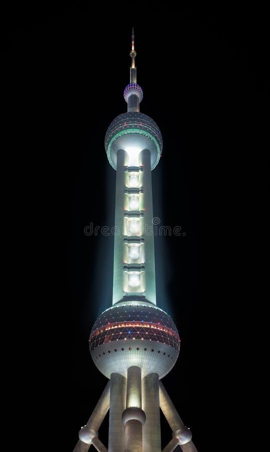 Österlänningpärlatorn på natten, Shanghai, Kina arkivbild