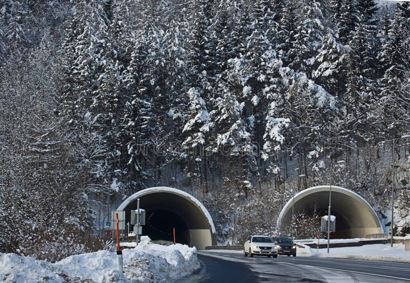 Österreich, Autobahn A10 von Salzburg nach Villach im Winter mit Sn stockfotografie