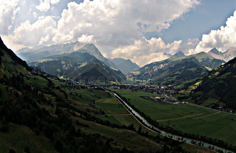 Österreich-Flussbrummen lizenzfreies stockfoto
