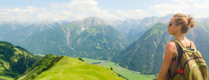 Österrike bergsikt arkivbilder