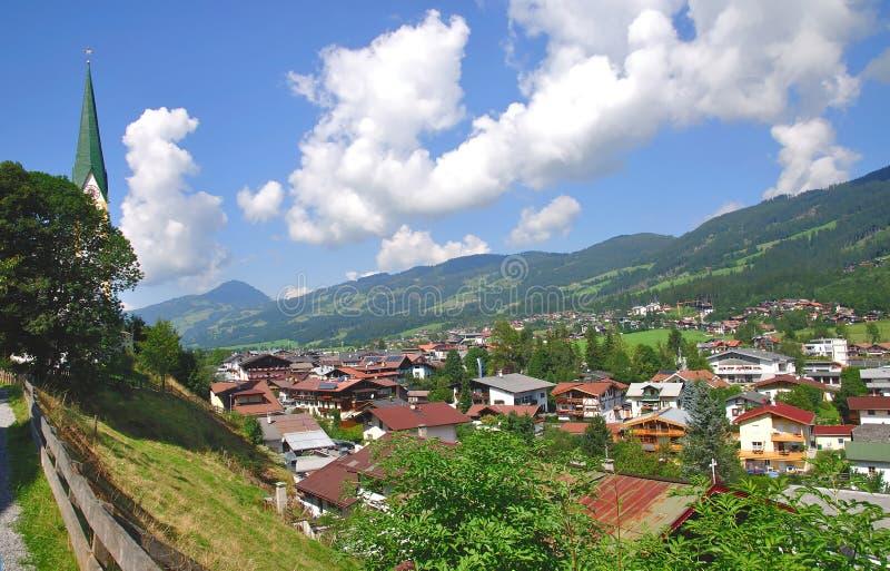 Österrike kirchberg tyrol royaltyfria bilder