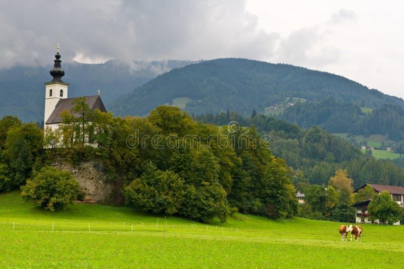 Österrike kyrka som golling nikolaus st arkivbilder