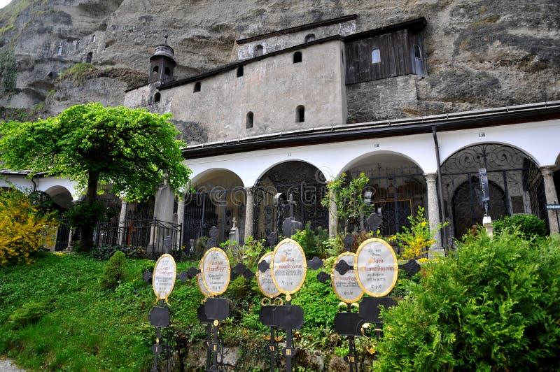 Österrike kyrkogård historiska salzburg