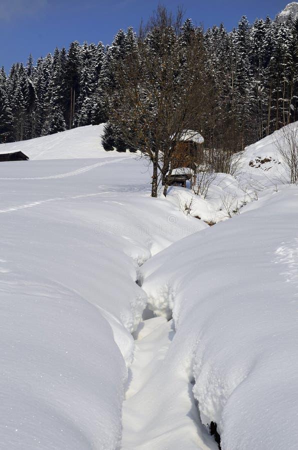 Österrike Tirol, vinter fotografering för bildbyråer