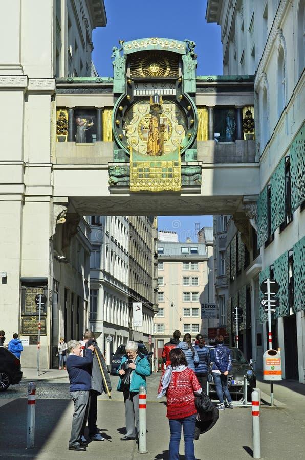 Österrike Wien, Ankeruhr arkivbilder