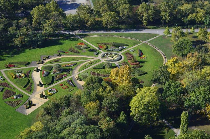Österrike Wien, Donaupark royaltyfria foton