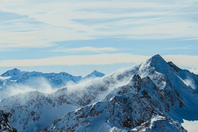österrikiska berg royaltyfria foton