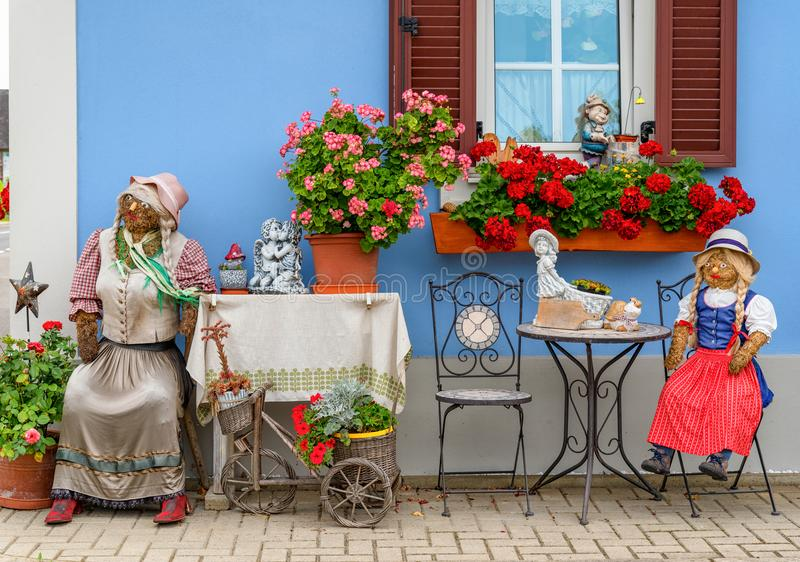 Österrikiska garneringar för landshus arkivbild