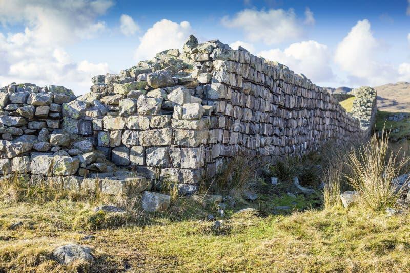 Östlig ingång för Hardknott slottvägg arkivfoton