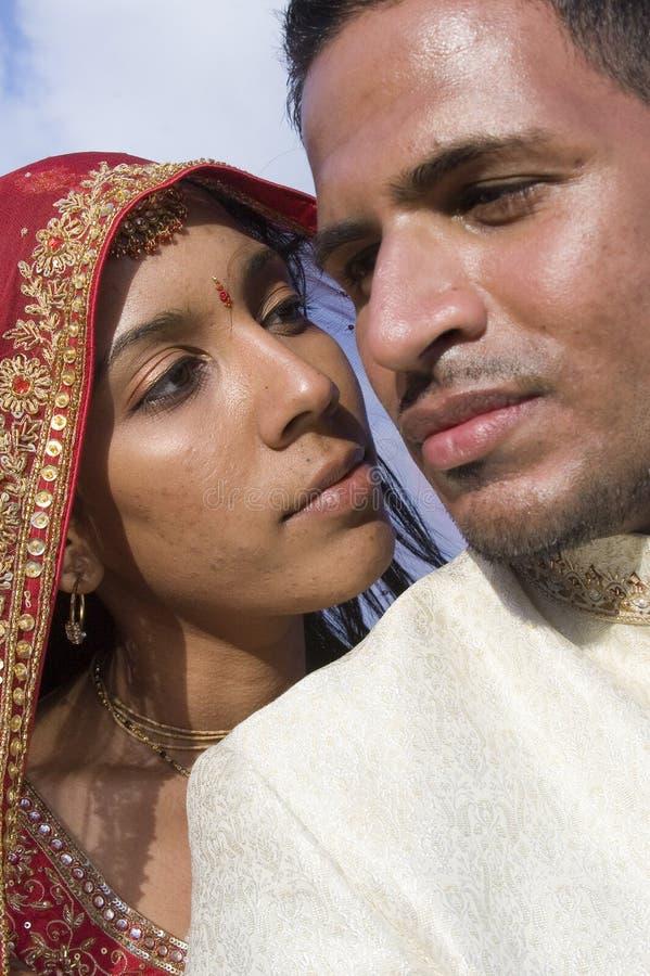 östligt gift för par royaltyfria bilder