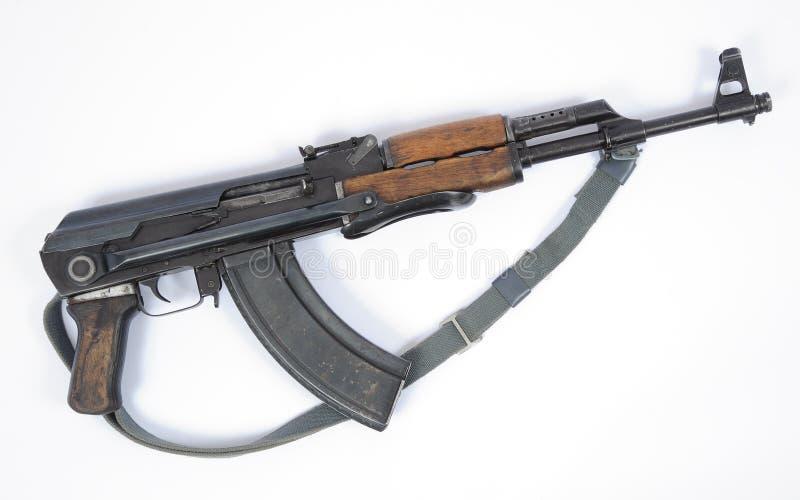 Östligt - tyskMPIkS version av det AK47 anfallgeväret arkivbild
