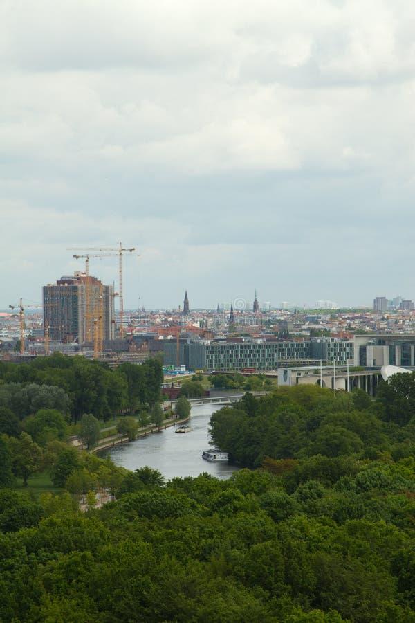 Över Berlin royaltyfri foto