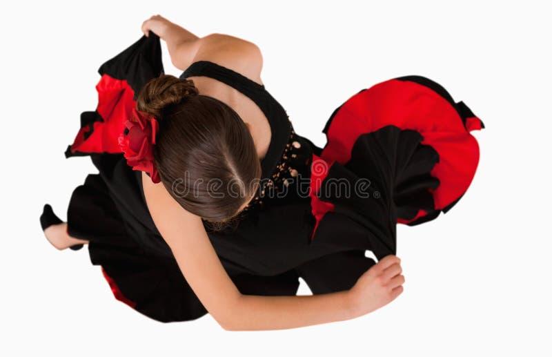 över huvudet vändande sikt för dansare arkivfoto