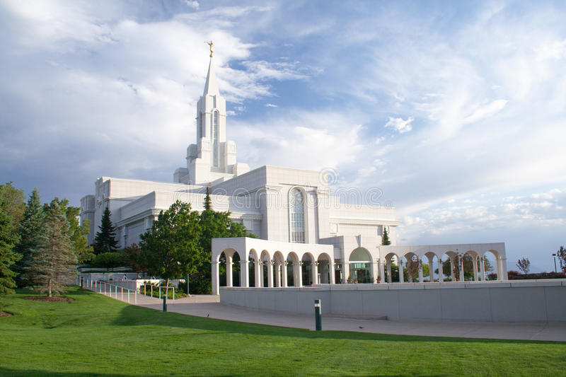 Överflödande Utah LDS tempel royaltyfria bilder