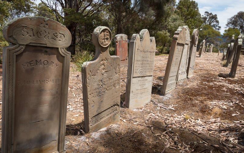 Övergav gravar, ö av dödaen, Tasmanien royaltyfria foton